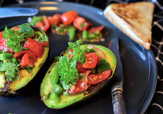 avocadoes-6028649_1920